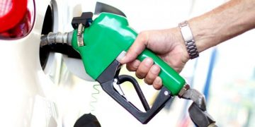 पेट्रोल, डिजेल र मट्टितेलको मूल्य प्रतिलिटर २ रुपैयाँले बढ्यो