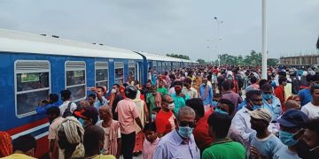 जनकपुरमा रेल गुड्यो !