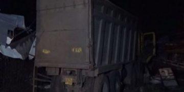 फुटपाथमा सुतेका मजदुरमाथि ट्रक कुद्दा १३ जनाको मृत्यु